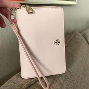 Tory Burch blush wallet Zipped around wristlet